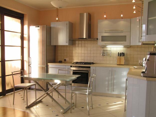 отделка кухни керамической плиткой фото