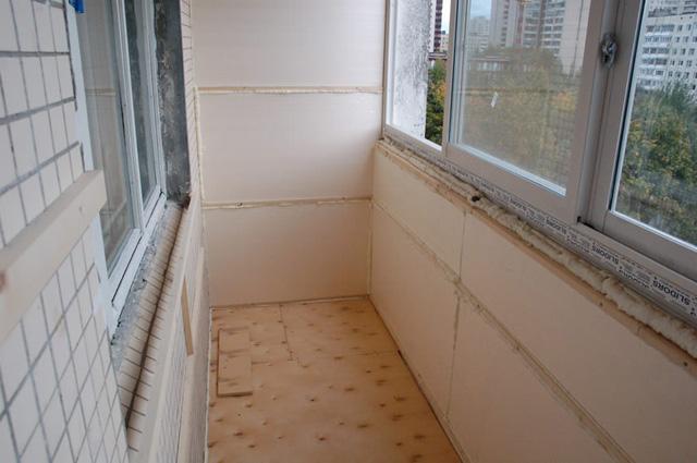 пластиковые окна остекление балконов
