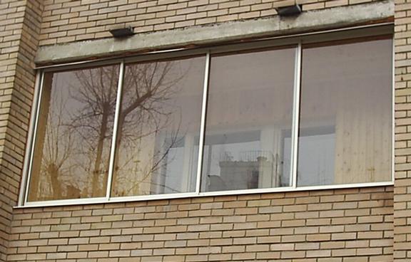 стоимость остекления балкона в хрущевке