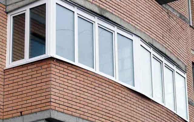 остекление балконов металлическими рамами