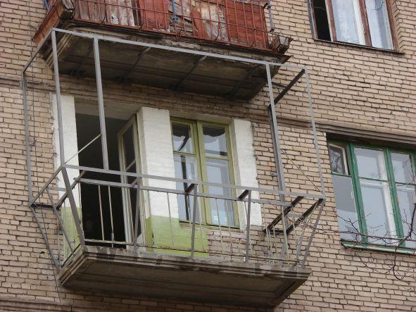 остекление и отделка балконов цены