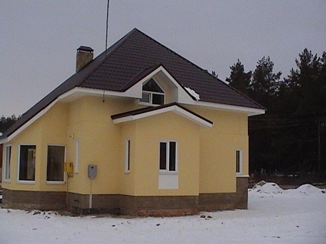 дом с шатровой кровлей