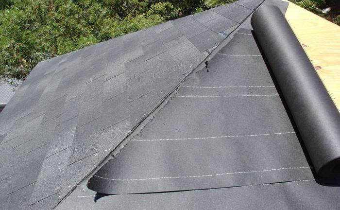 толь на крыше