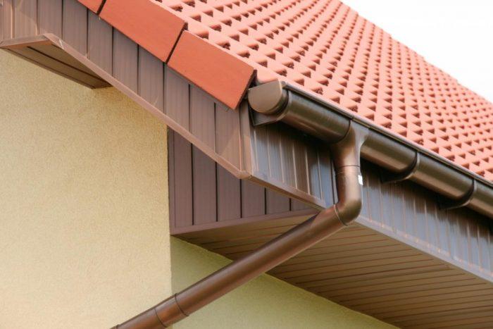 водостоки на крыше