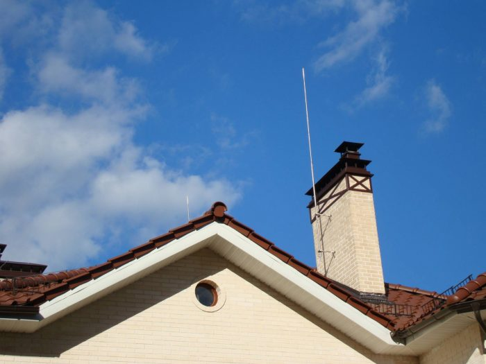 молниеприемник на крыше
