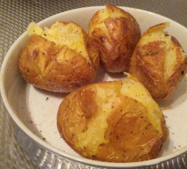 Картофель печеный в духовке
